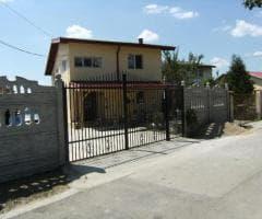Vila la Gata la 30 Km de Straulesti Sector 1 Bucuresti - Imagine 1